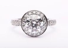 看看精明的人们都是如何选择什么宝石作为婚戒的