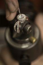 """探访比利时魔星钻生产地:""""世界钻石之都""""安特卫普"""